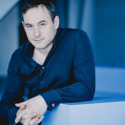 Artistic Director – Jonathan Cohen